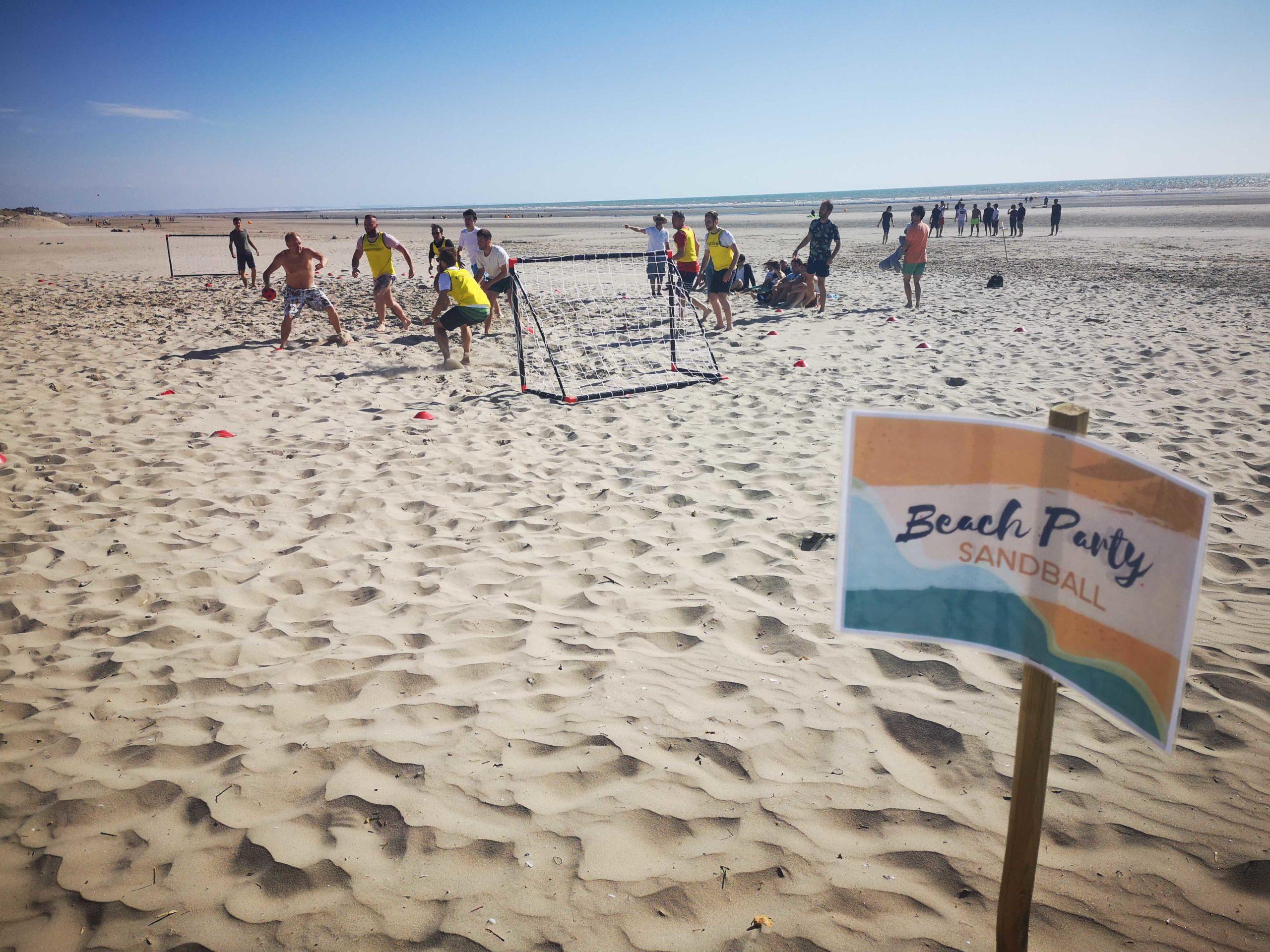 Beach party sandball par arcade événements