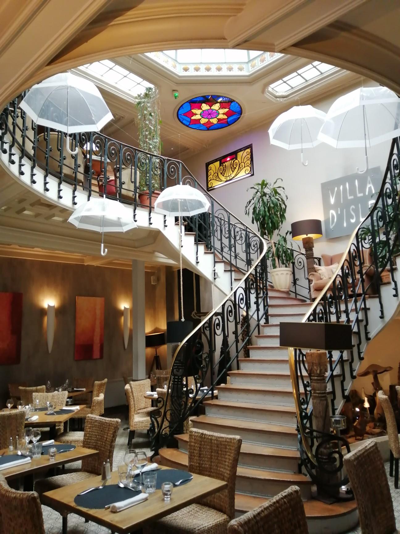 Les escaliers de la Villa d'Isle